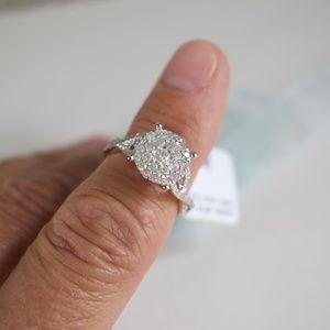 Diamond 10K White Gold Cluster Ring